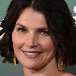 Julia Ormond Image