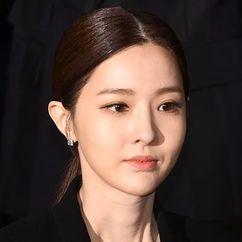 Kim Yoo-ri Image