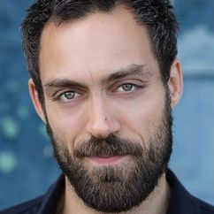 Alex Hassell Image