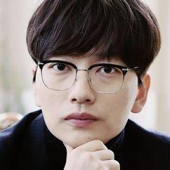Lee Dong-hwi Image