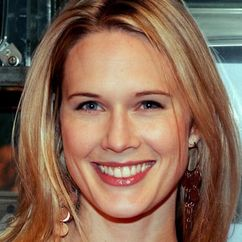 Stephanie March Image