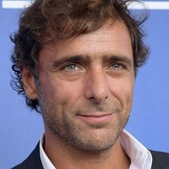 Adriano Giannini Image
