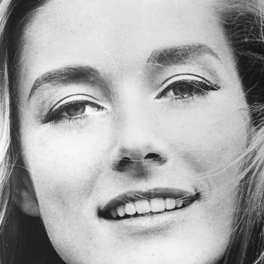 Tania Mallet Image