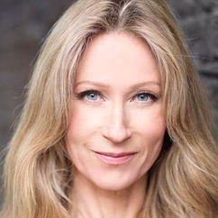 Angela Dixon Image