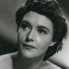 Barbara O'Neil Image