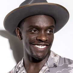 Chris Chalk Image