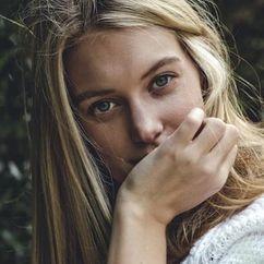 Caroline Lowe Image