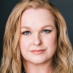 Elizabeth Bowen Image