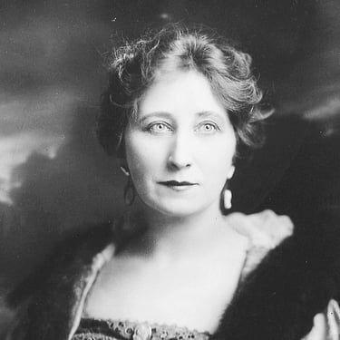 Vera Lewis Image