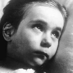 Tina Apicella Image