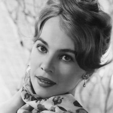 Leslie Caron Image
