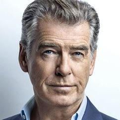Pierce Brosnan Image