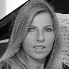 Helene Bergere Image