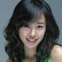 Kang Rae-yeon Image