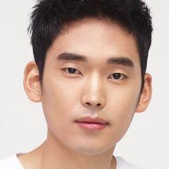 Choi Jun-young Image