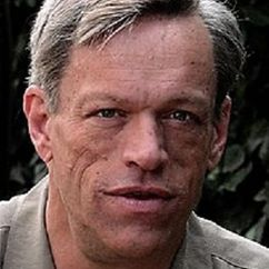 Brian Thompson Image