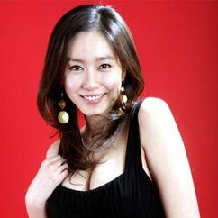 Ji Seo-Yun Image