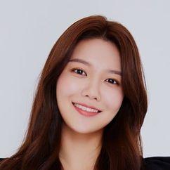 Choi Soo-young Image