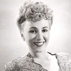 Claudia Drake Image