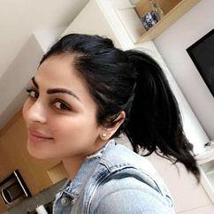 Neeru Bajwa Image
