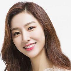Seo Ji-hye Image