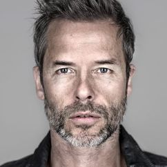 Guy Pearce Image