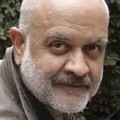 Waris Hussein Image