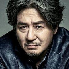 Choi Min-sik Image