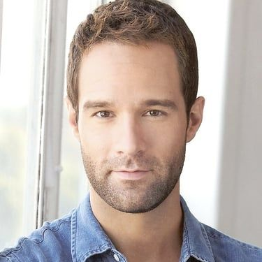 Chris Diamantopoulos Image