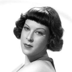 Gertrude Niesen Image