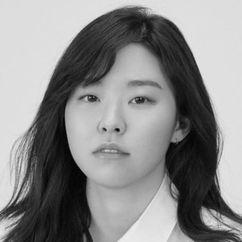 Lee Min-ji Image