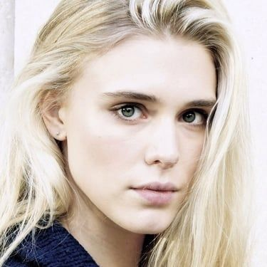 Gaia Weiss Image