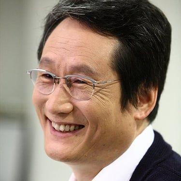 Moon Sung-keun Image