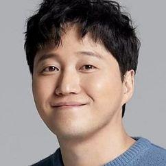 Kim Dae-myung Image