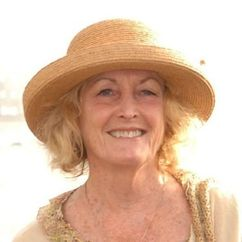 Eileen Ryan Image