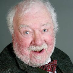Freddie Jones Image