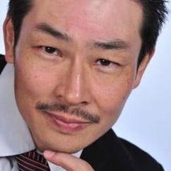 Yutaka Izumihara Image