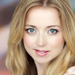 Hannah Endicott-Douglas Image