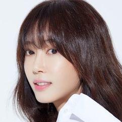 Kang Ye-won Image