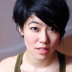 Christine Lee Image