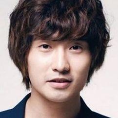 Ryu Deok-hwan Image