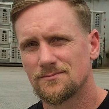 Mike Vallely Image