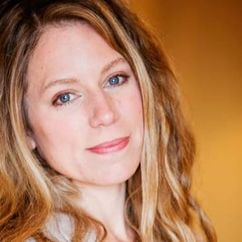 Emily Jones Image
