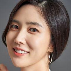 Lee Soo-kyung Image