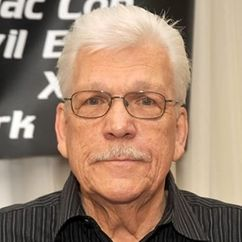Tom Atkins Image