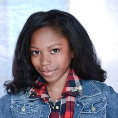 Riele Downs Image