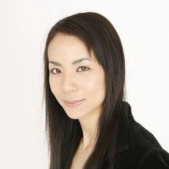 Hiroko Yashiki Image