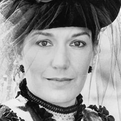 Susan Fleetwood Image