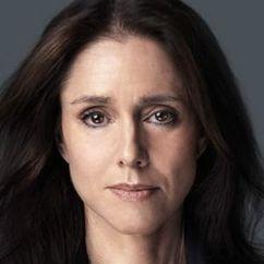 Julie Taymor Image