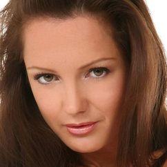 Sandra Shine Image